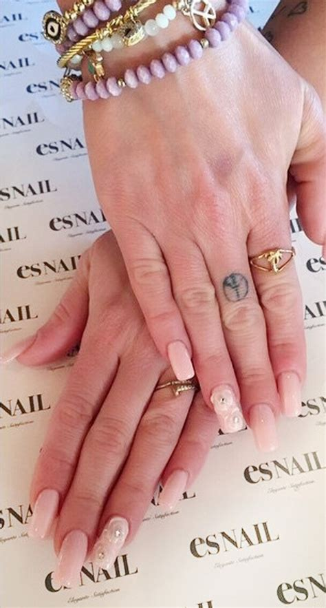 Chanel West Coast's Nail Polish & Nail Art | Steal Her Style