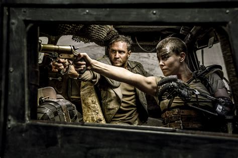 Over 40 New Mad Max: Fury Road Pictures Feature Tom Hardy