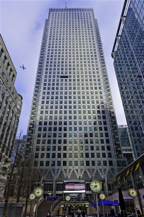 Serviced offices to rent and lease at One Canada Square