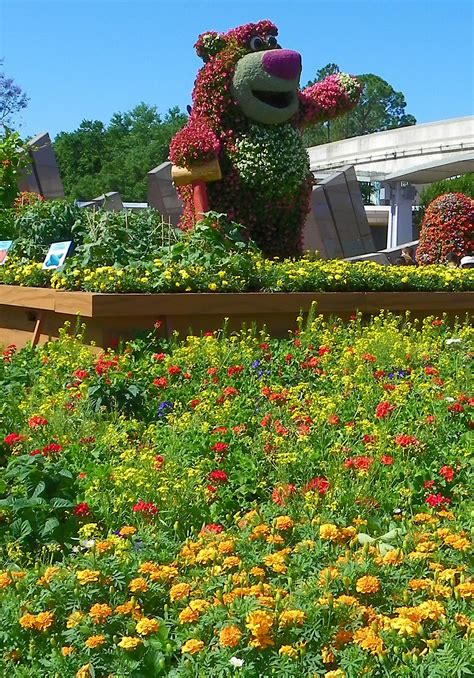 Flower and Garden Time at Epcot | English blog