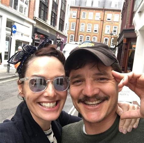 Pedro Pascal Married, Wife, Gay, Girlfriend, Dating