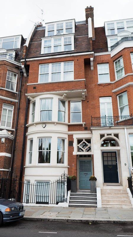 Luxury 7 bed Chelsea Townhouse Has Central Heating and Wi