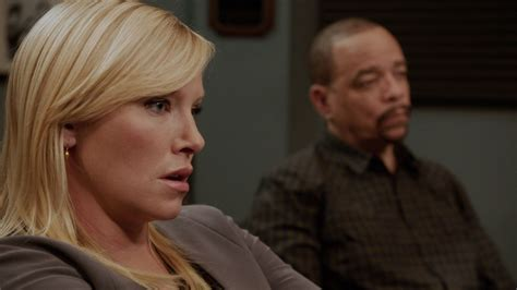 Watch Law & Order: Special Victims Unit Highlight: Twisted
