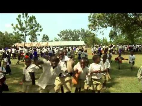 Tanzanian Laughter Epidemic - Clip from Laughology - YouTube