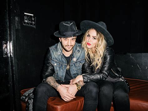 Dancing with the Stars: Mark Ballas Is Engaged to Singer