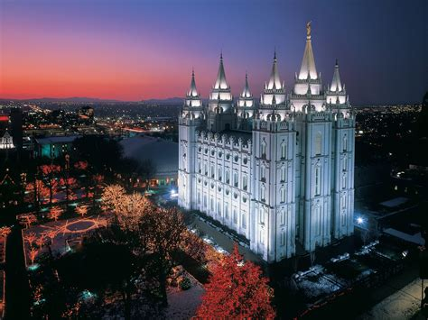 It's Not Christmas Without a Temple Square Visit