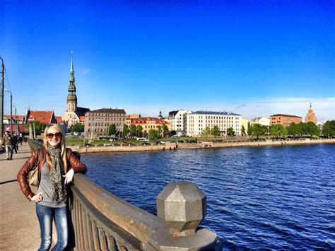 11 Things You Must Do in Riga, Latvia - Flirting with the