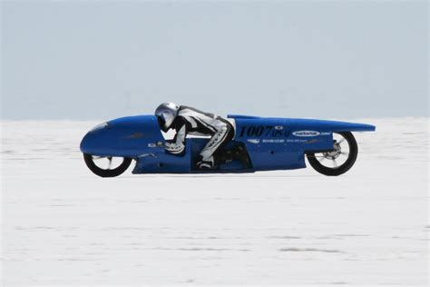 Royal Enfield Continental GT will go flat out at