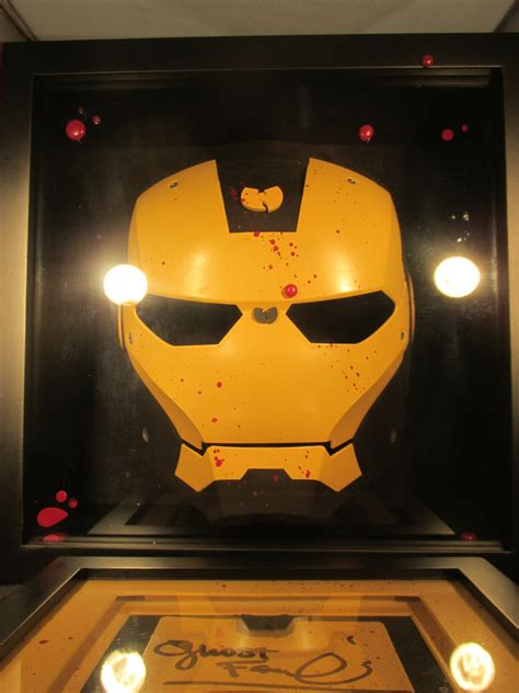 Wigalicious Toys   Wu Tang Iron Man Mask Signed By