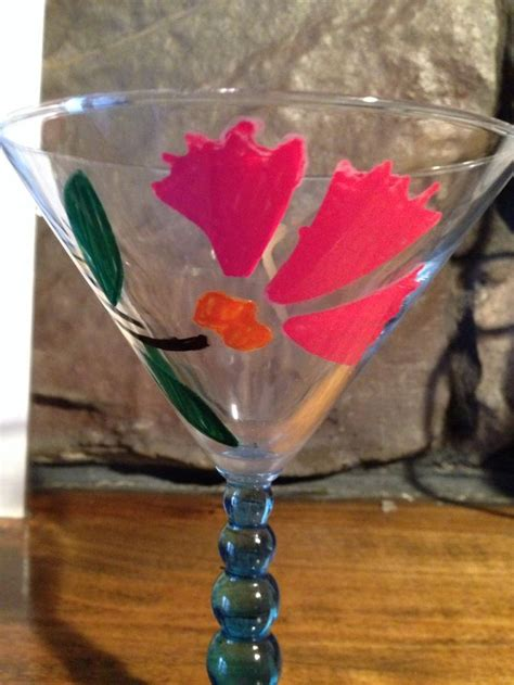 Easy Ways to Paint Wine Glasses - wikiHow