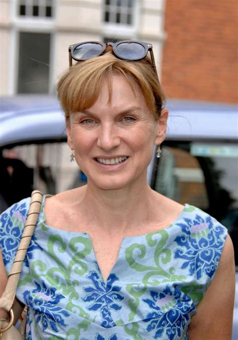 Fiona Bruce at Chelsea Flower Show in London 2018/05/21